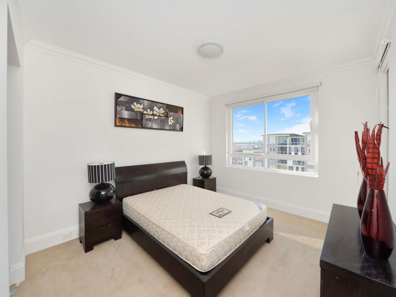 43/5 Woodlands Avenue, Breakfast Point NSW 2137, Image 2