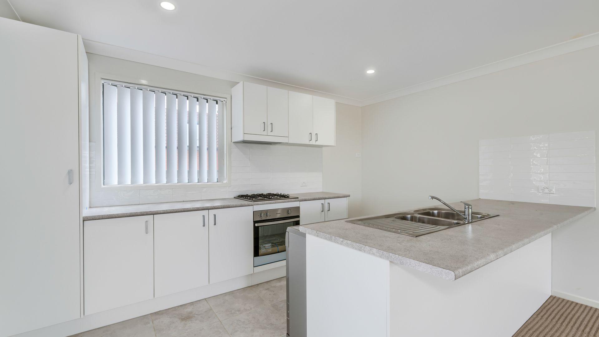 14 Skylark Avenue, Thornton NSW 2322, Image 1