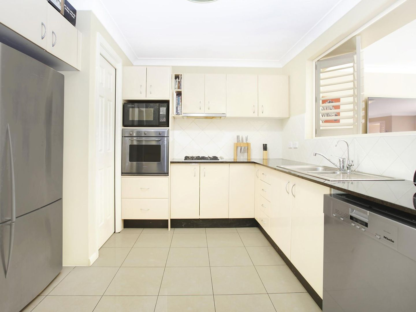 29 Peartree Circuit, West Pennant Hills NSW 2125, Image 2