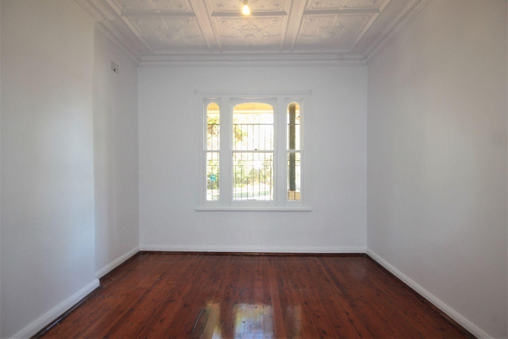 2/21 Shaw Street, Petersham NSW 2049, Image 1