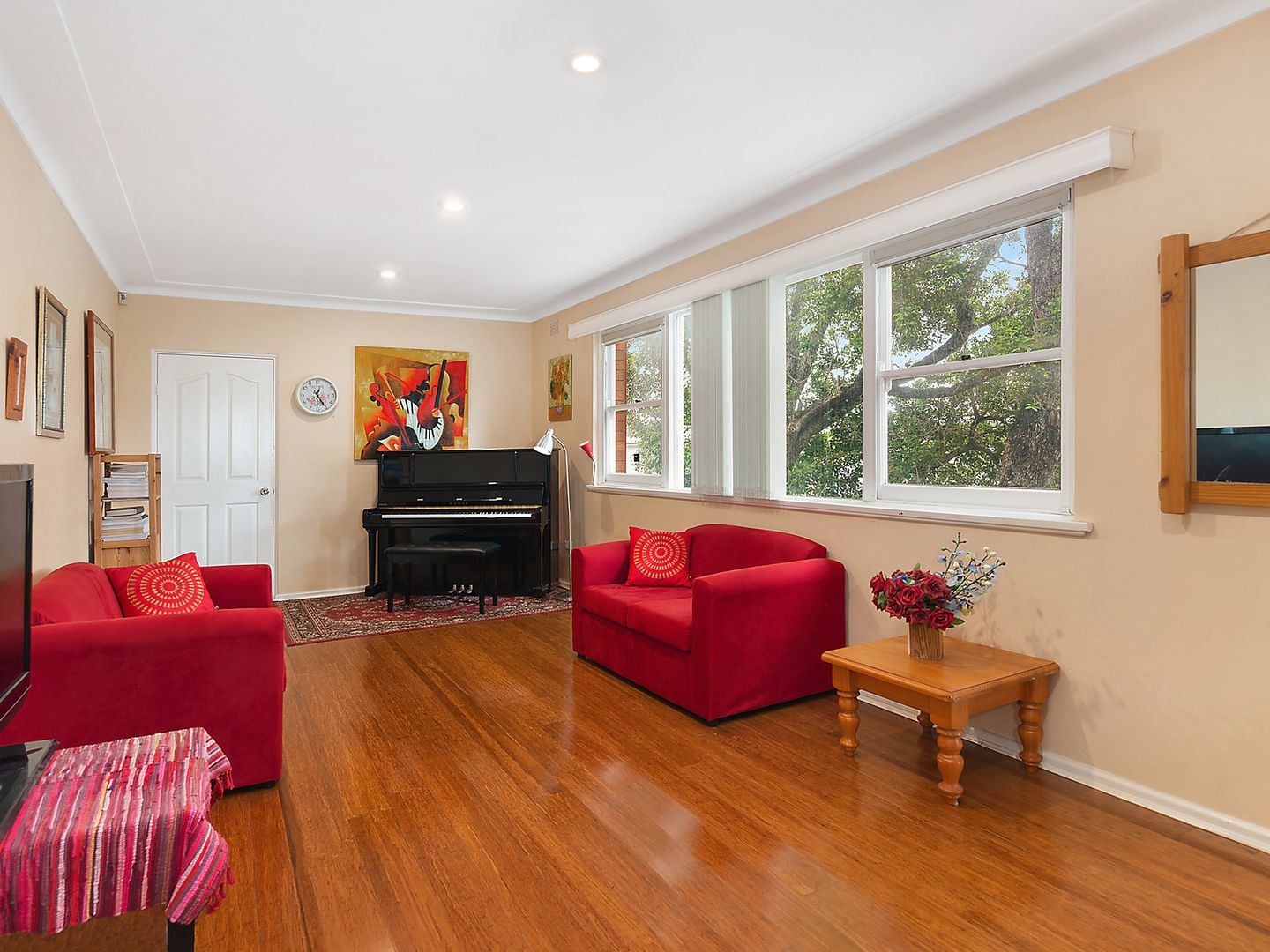 9 Wadsley Crescent, Connells Point NSW 2221, Image 2
