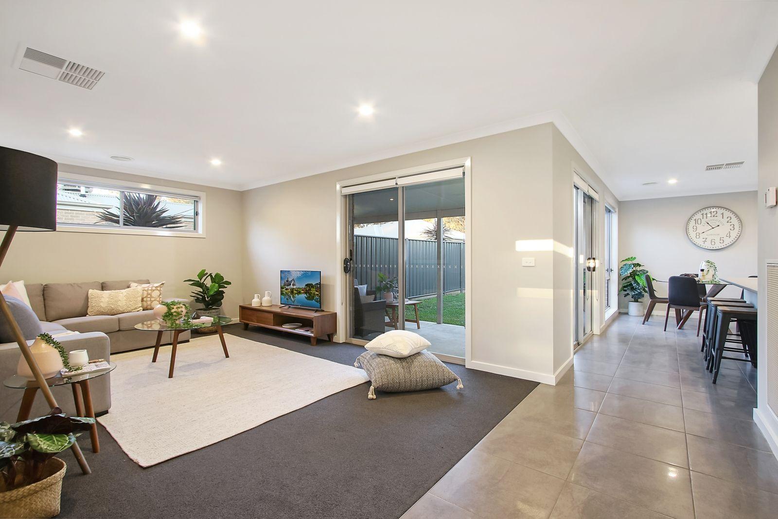 1/42 Hotham Circuit, Thurgoona NSW 2640, Image 0
