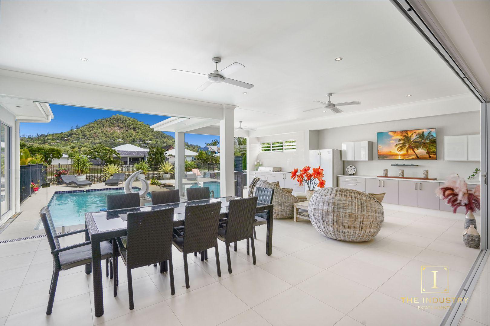 17 Lagoon Drive, Trinity Beach QLD 4879, Image 1