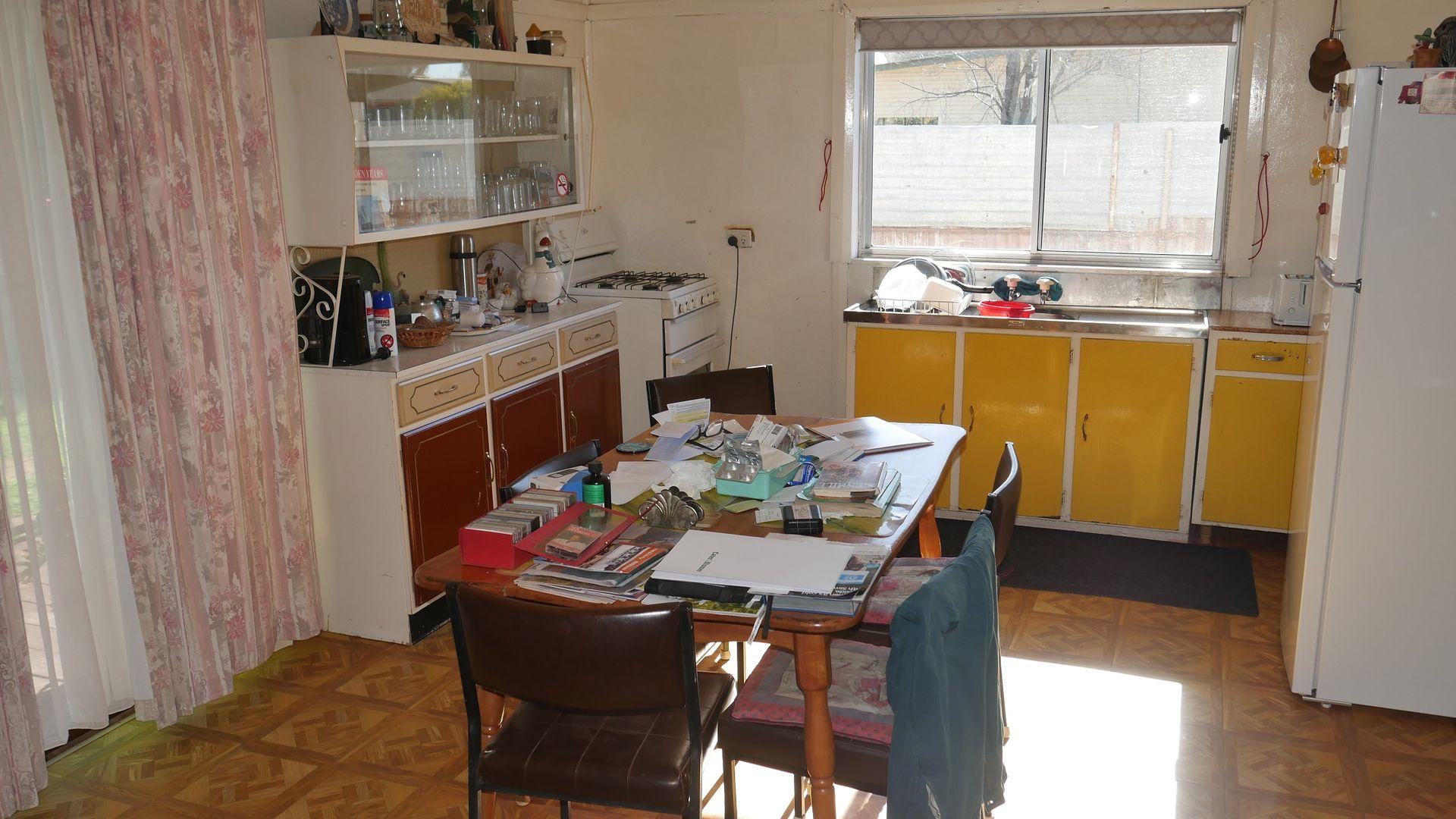 30 Beechworth Street, Whitton, Leeton NSW 2705, Image 2
