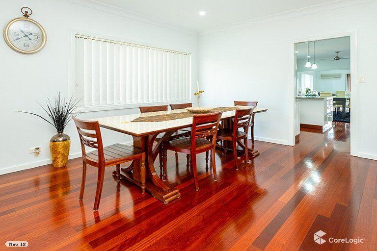 21 Hearnville Street, Robertson QLD 4109, Image 2