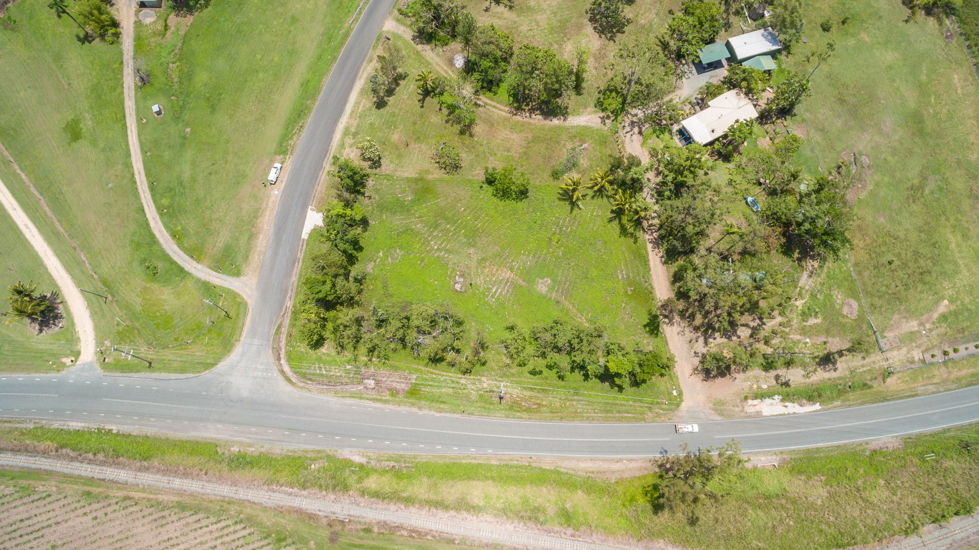 Lot 4 Staniland Drive, Strathdickie QLD 4800, Image 1