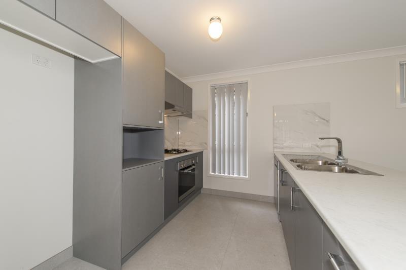 25 Lieutenant Street, Jordan Springs NSW 2747, Image 1