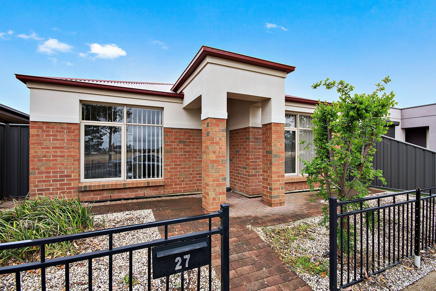 27 West  Parkway, Andrews Farm SA 5114, Image 0