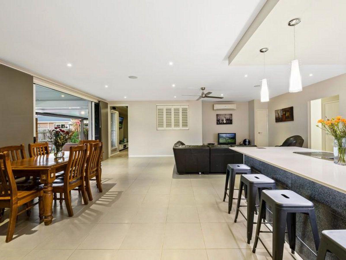 10 Vinnicombe Street, Kearneys Spring QLD 4350, Image 2
