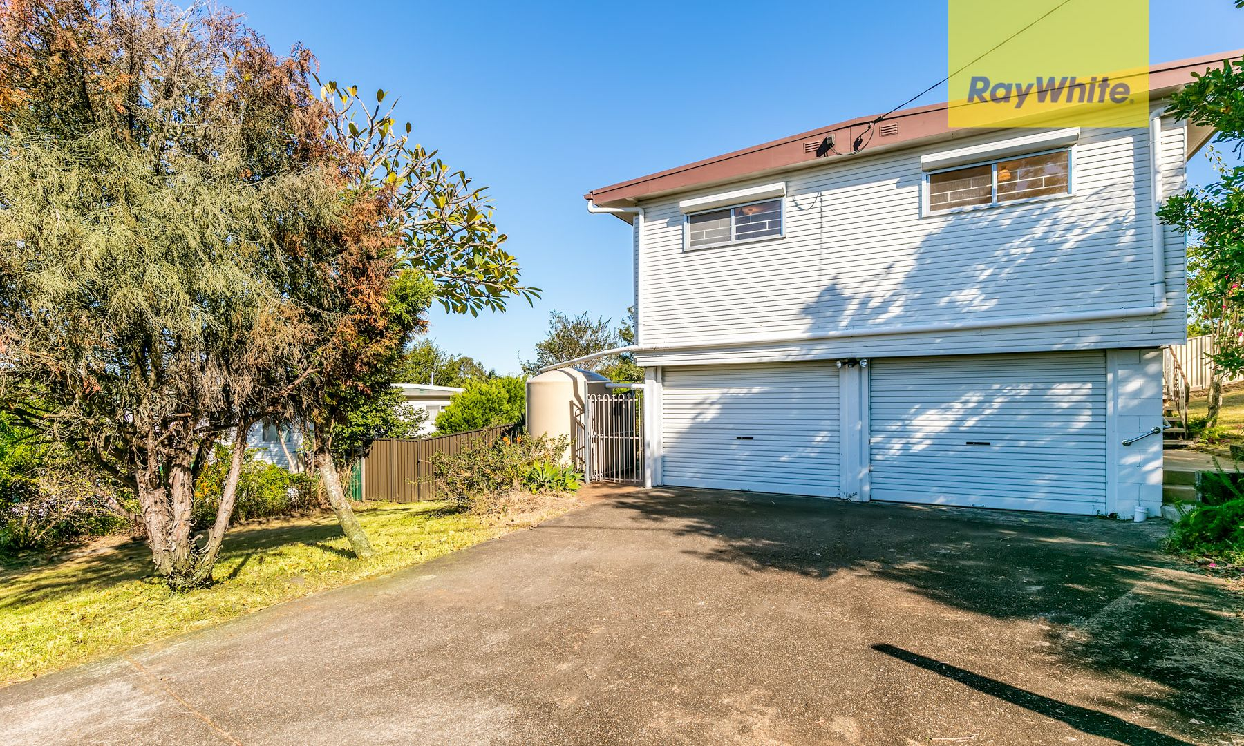 2 Collin Court, Kingston QLD 4114, Image 2
