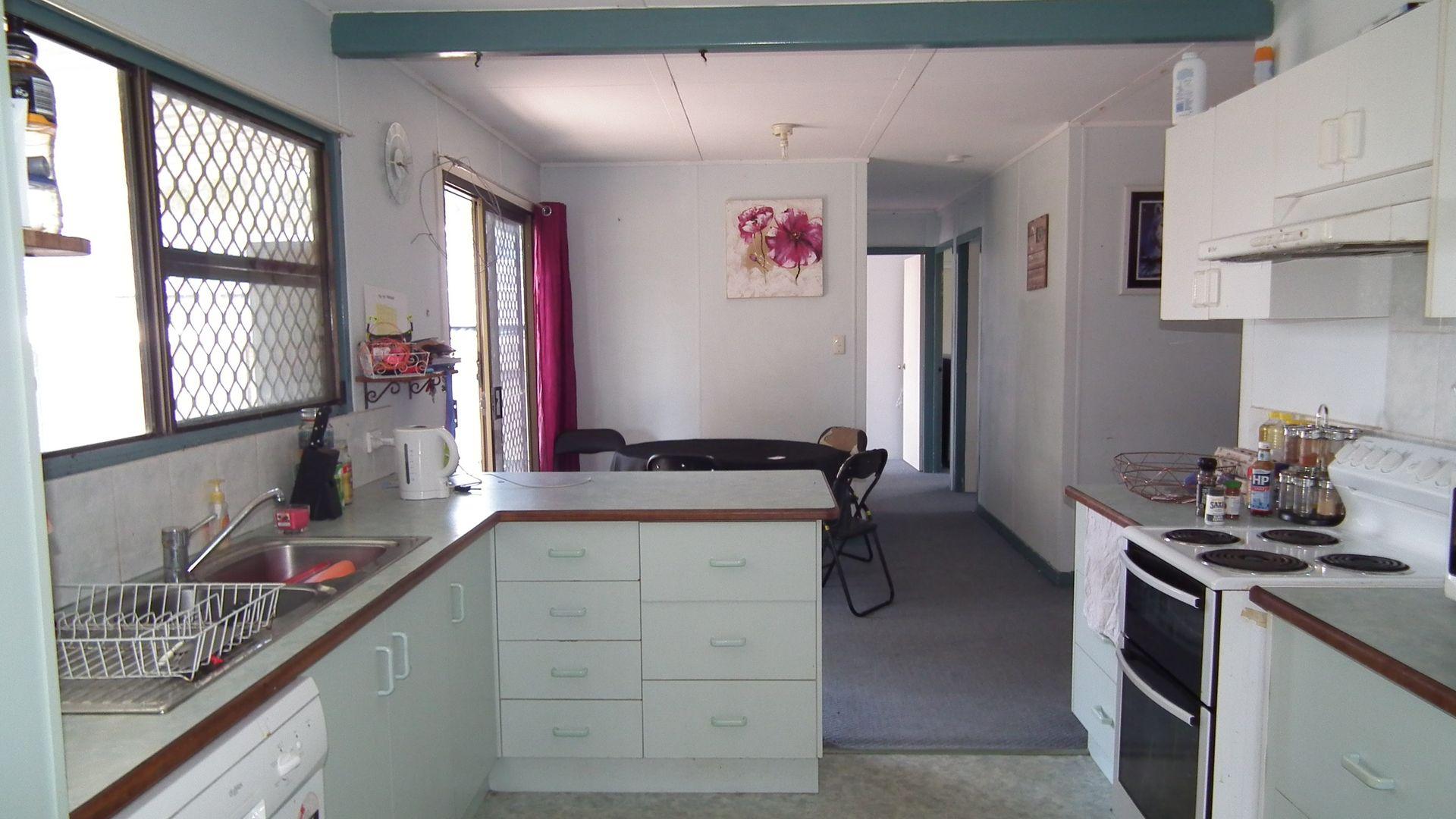 22 Bruce St, Torquay QLD 4655, Image 1