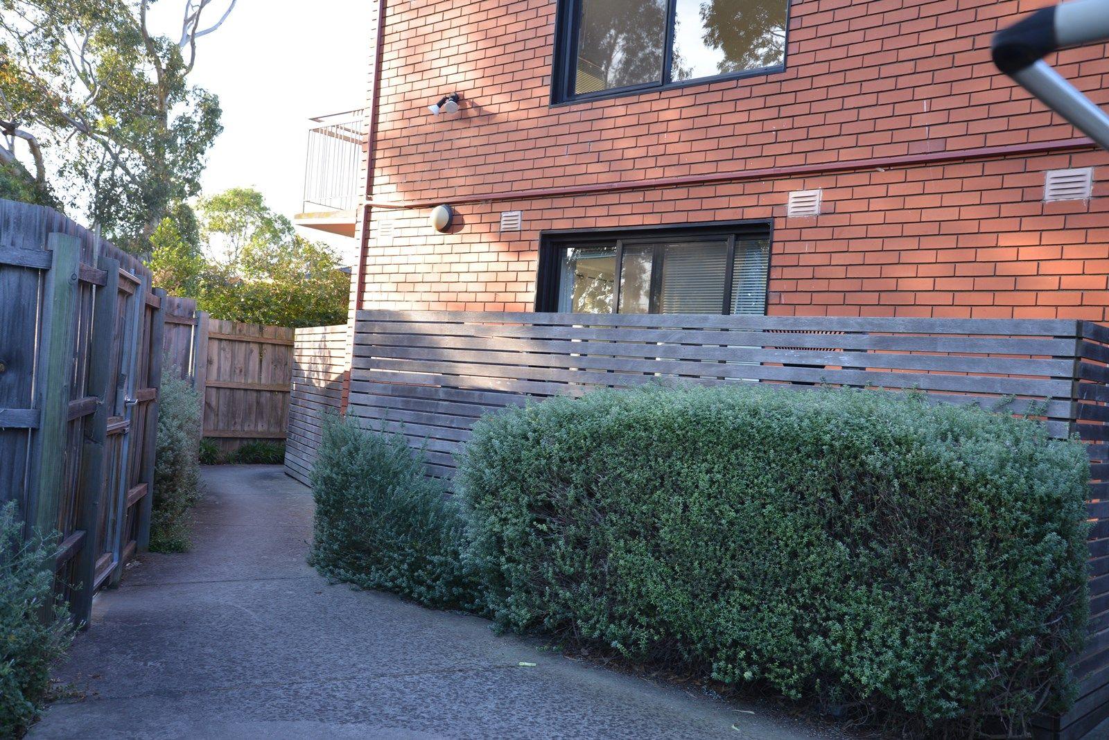 2/92 Glen Huntly Road, Elwood VIC 3184, Image 1