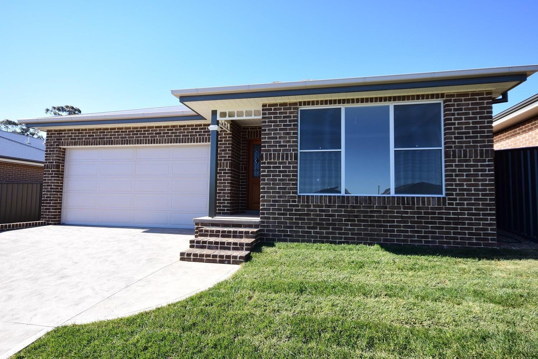 15 Haywood Drive, Orange NSW 2800, Image 0