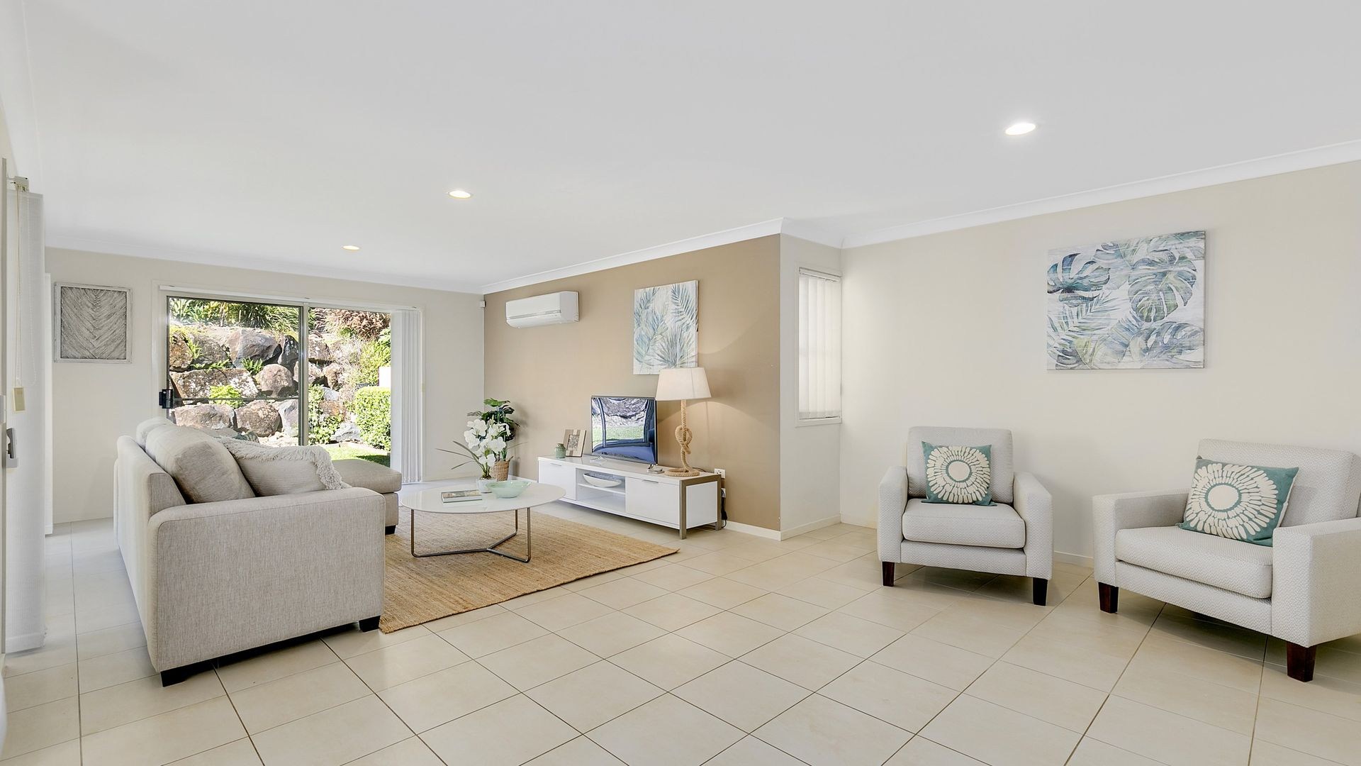 124/5 Easthill Drive, Robina QLD 4226, Image 2