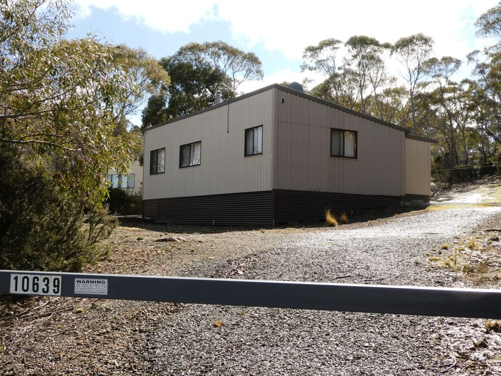 10639 Highland Lakes Road, Doctors Point TAS 7304, Image 0