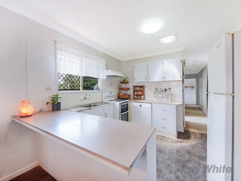 86 Gawain Road, Bracken Ridge QLD 4017, Image 2