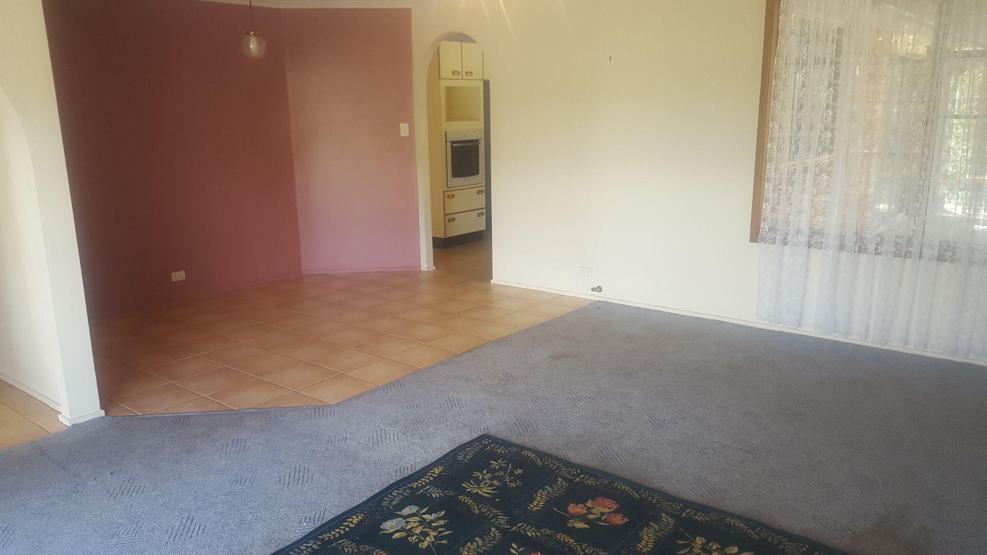 7 Howard Place, Armidale NSW 2350, Image 2