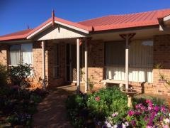 Picture of 24 Carmen St, Kearneys Spring QLD 4350