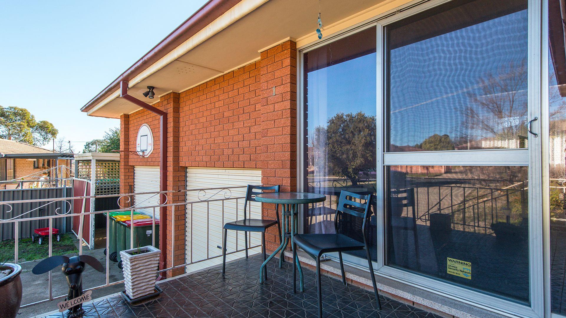 1 Pyala Place, Orange NSW 2800, Image 2