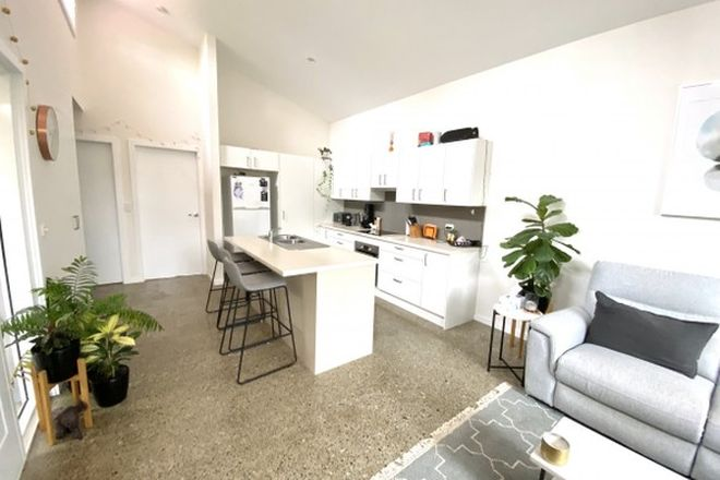 Picture of 3/8 Mountain View Road, BEROWRA NSW 2081