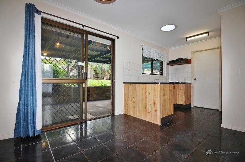 33 Banksia Street, Strathpine QLD 4500, Image 2