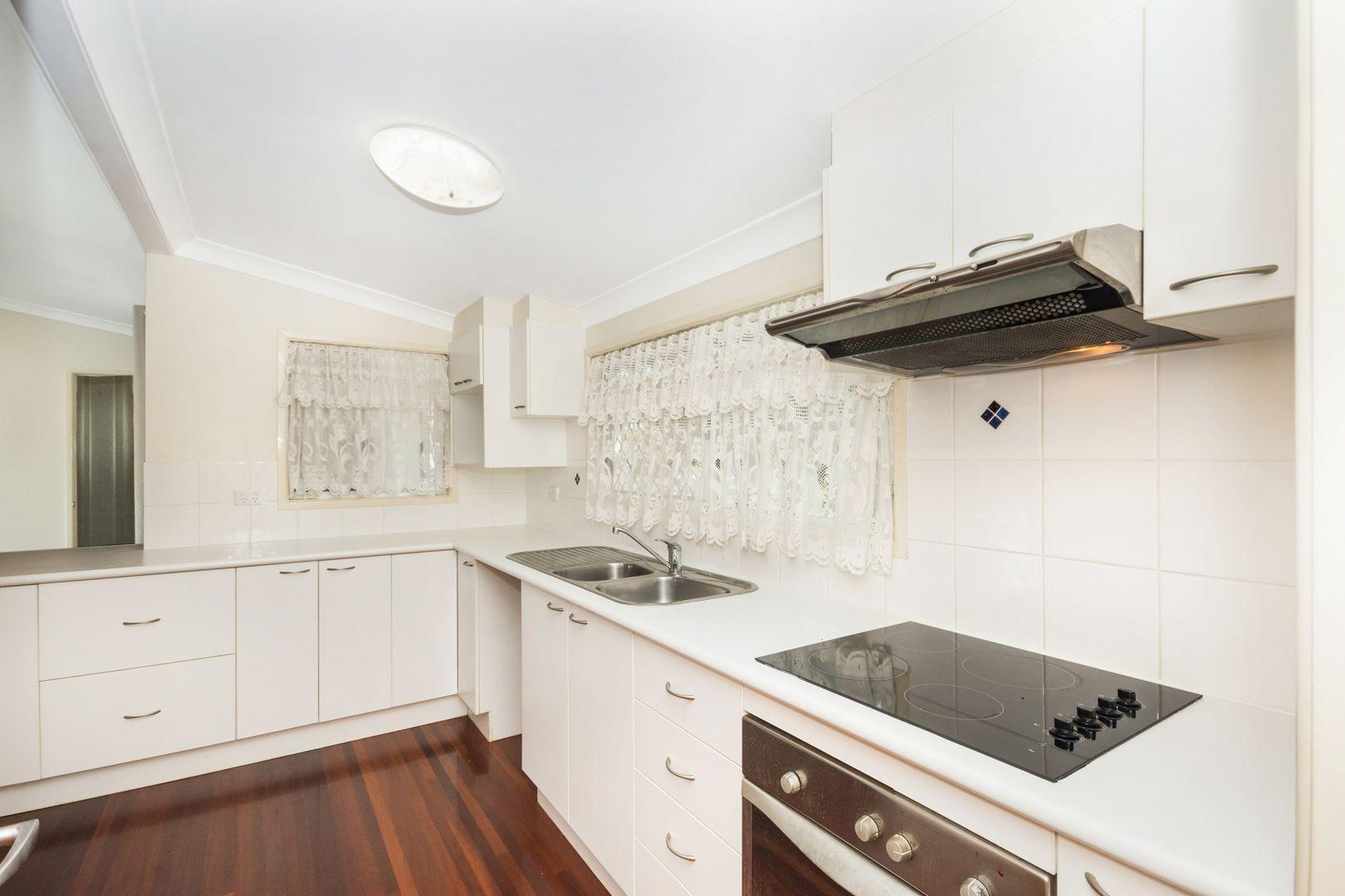 19 Undara Avenue, Cranbrook QLD 4814, Image 2