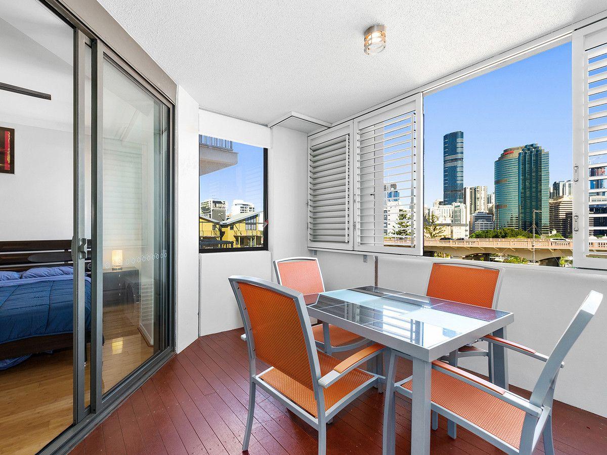 5056/55 Baildon Street, Kangaroo Point QLD 4169, Image 2