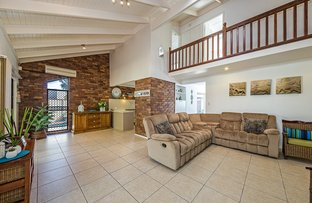Picture of 19 Captain Cook Drive, Banksia Beach QLD 4507