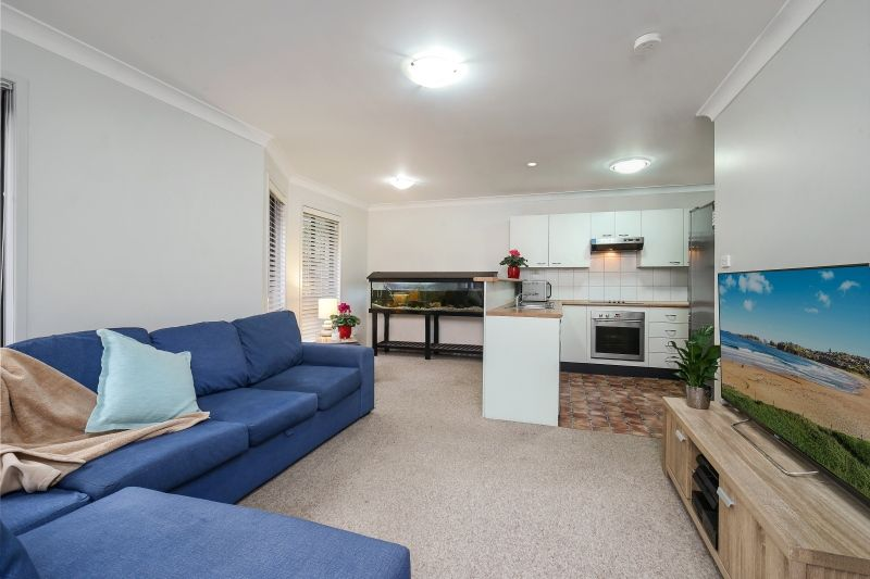 1/74 Karalta Road, Erina NSW 2250, Image 2