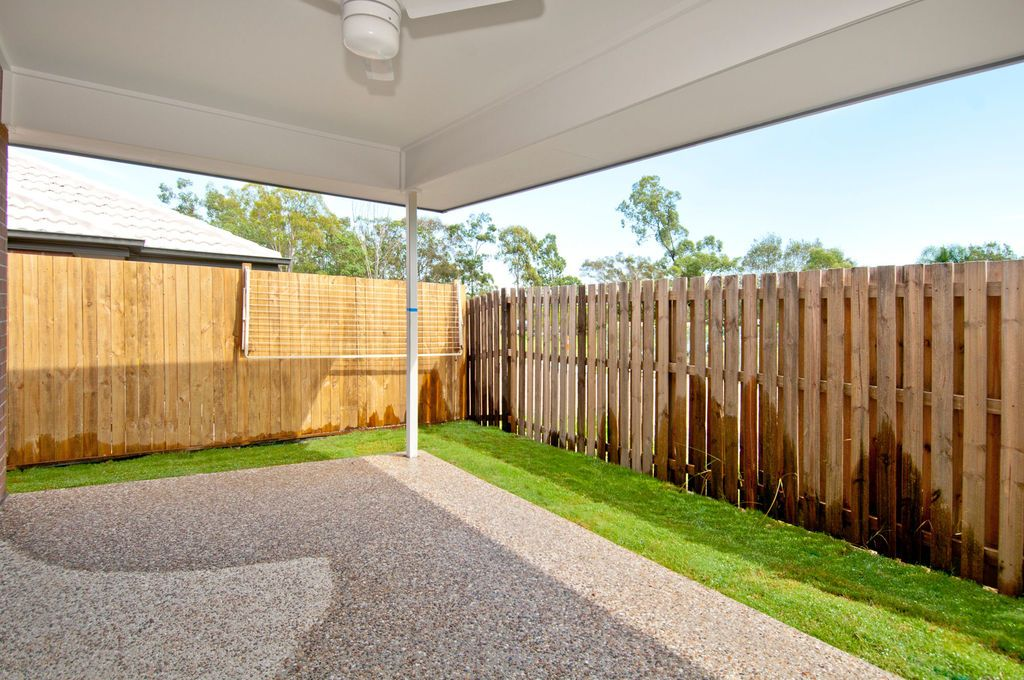 2/7 Sunrise Court, Loganlea QLD 4131, Image 1