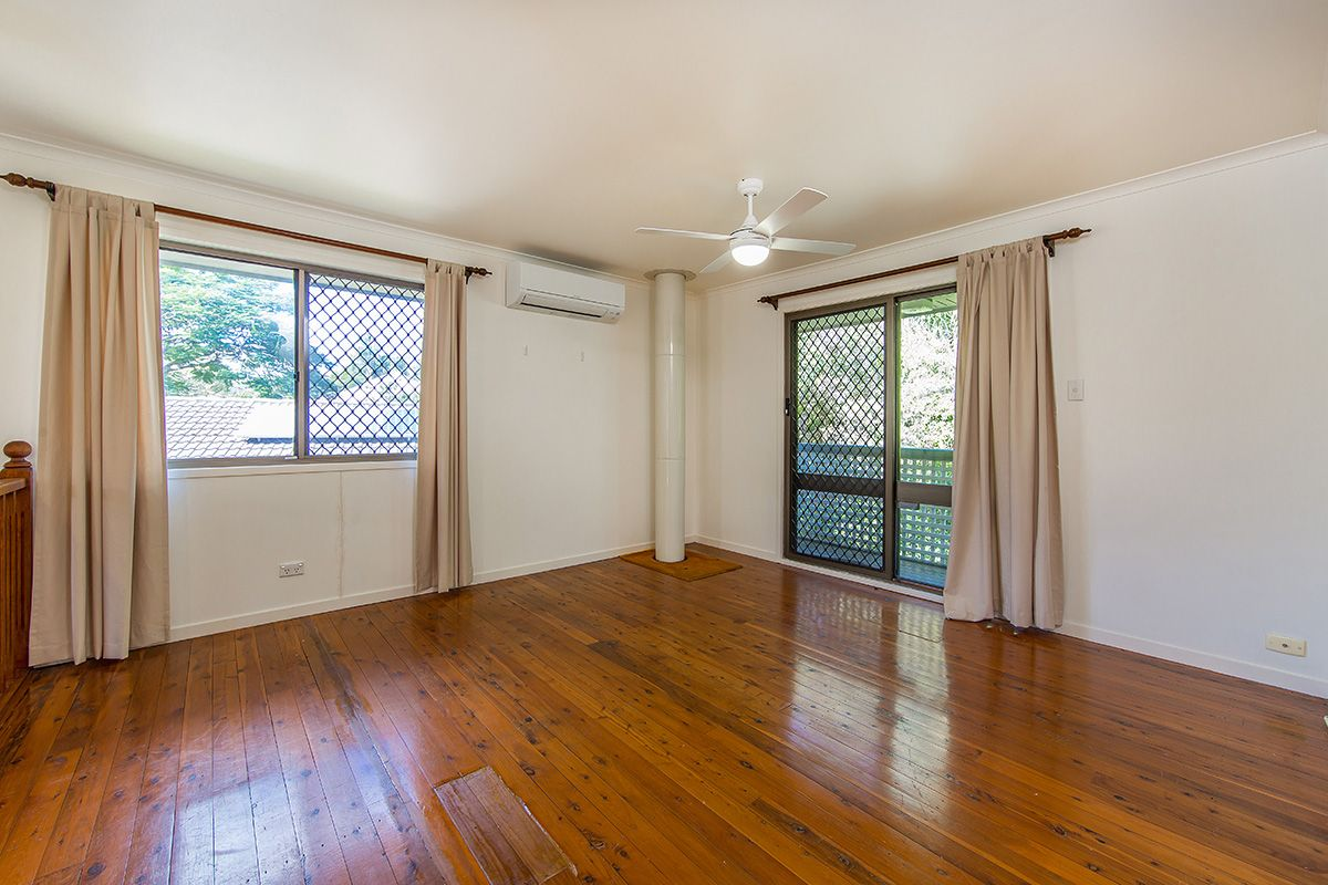 24 Nyora Street, Everton Hills QLD 4053, Image 2