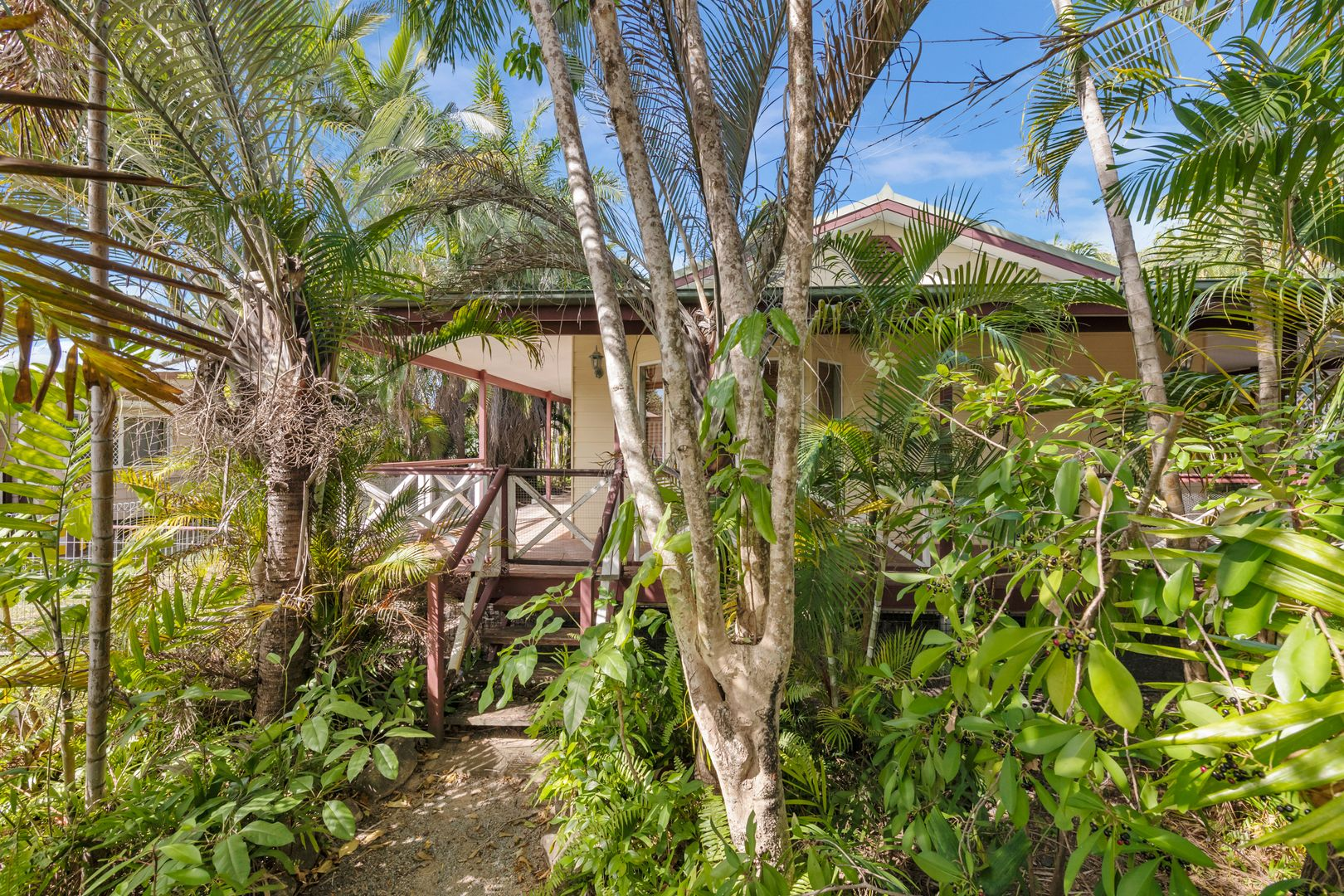 12 Borton Street, Balgal Beach QLD 4816, Image 2