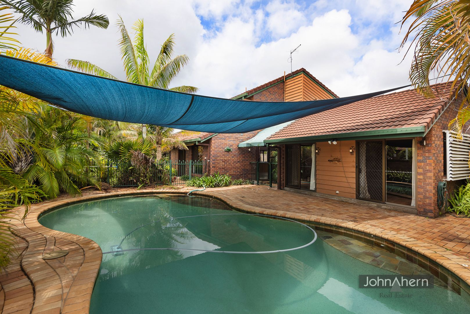 2 Brentwood Dr, Daisy Hill QLD 4127, Image 0