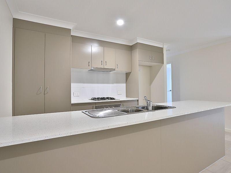 16 Crewes Crescent, Redbank Plains QLD 4301, Image 1