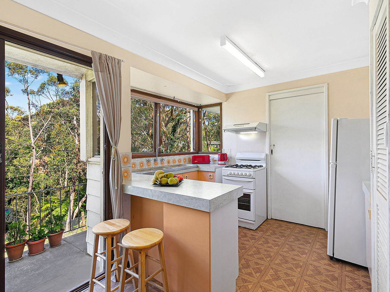 7 Anderson Avenue, Bullaburra NSW 2784, Image 2