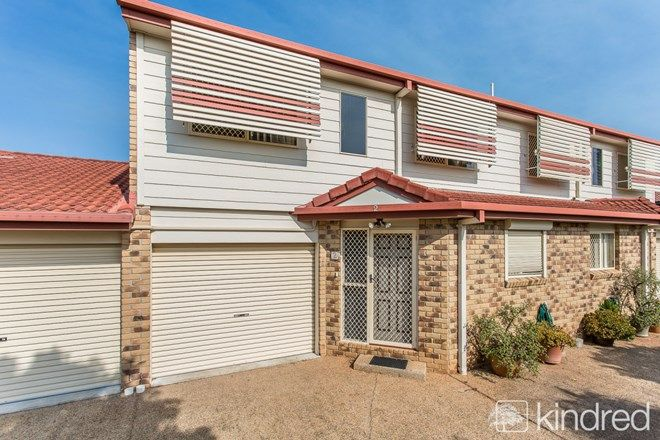 Picture of 2/11 Osbourne Street, SCARBOROUGH QLD 4020