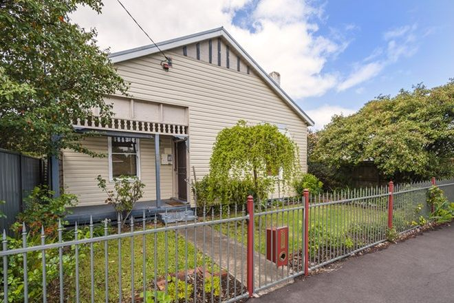Picture of 38 Mollison  Street, KYNETON VIC 3444