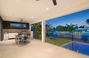 Picture of 96 Clear Island Road, Broadbeach Waters QLD 4218