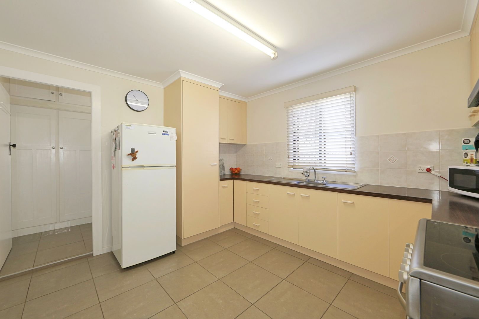 105 Branyan Street, Svensson Heights QLD 4670, Image 2
