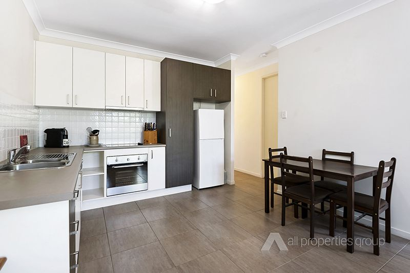 12/30-42 Cotswold Street, Mount Warren Park QLD 4207, Image 2