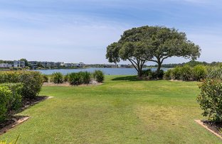 Picture of 8329 Magnolia Drive East, Hope Island QLD 4212