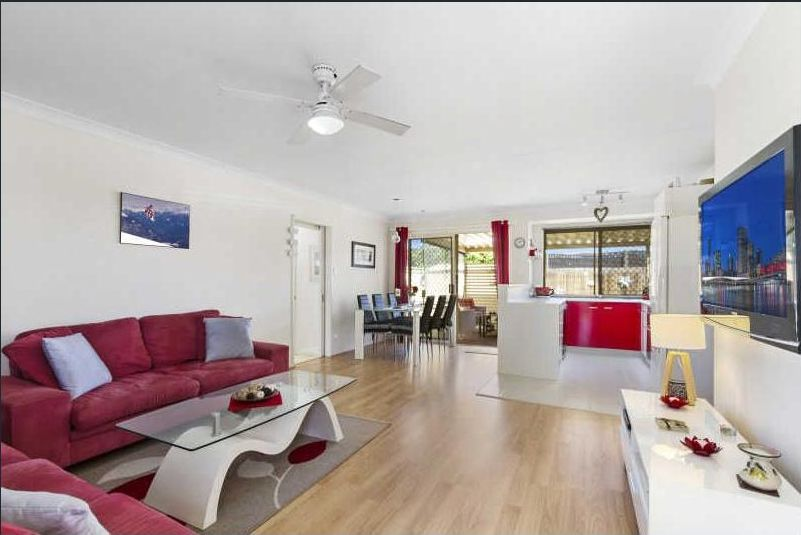 2/6 Crystal Reef Drive, Coombabah QLD 4216, Image 1