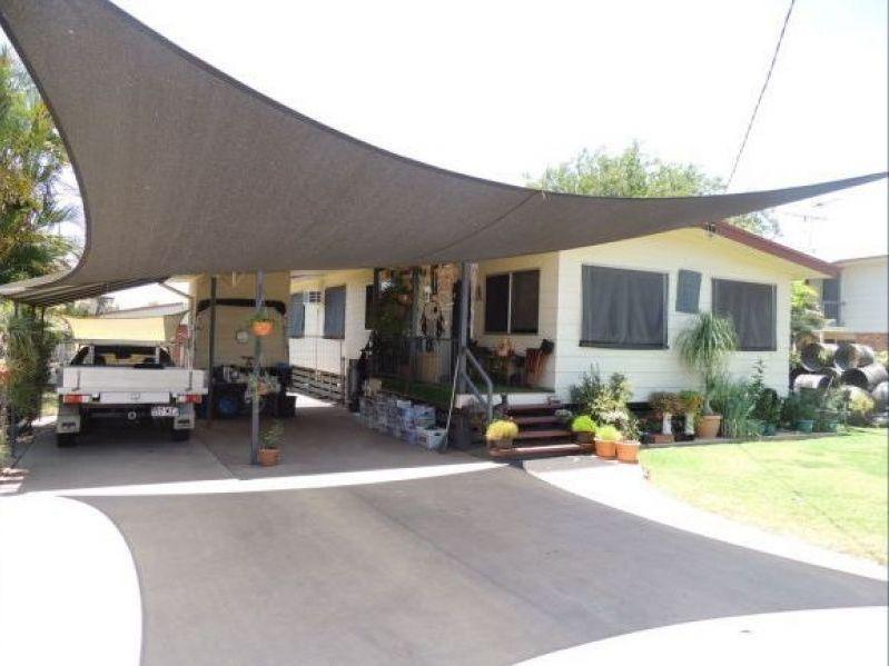 7 Ney Street, Moranbah QLD 4744, Image 2