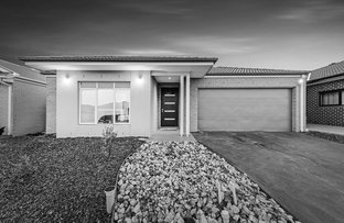 Picture of 5 Thistle Drive, Clyde North VIC 3978