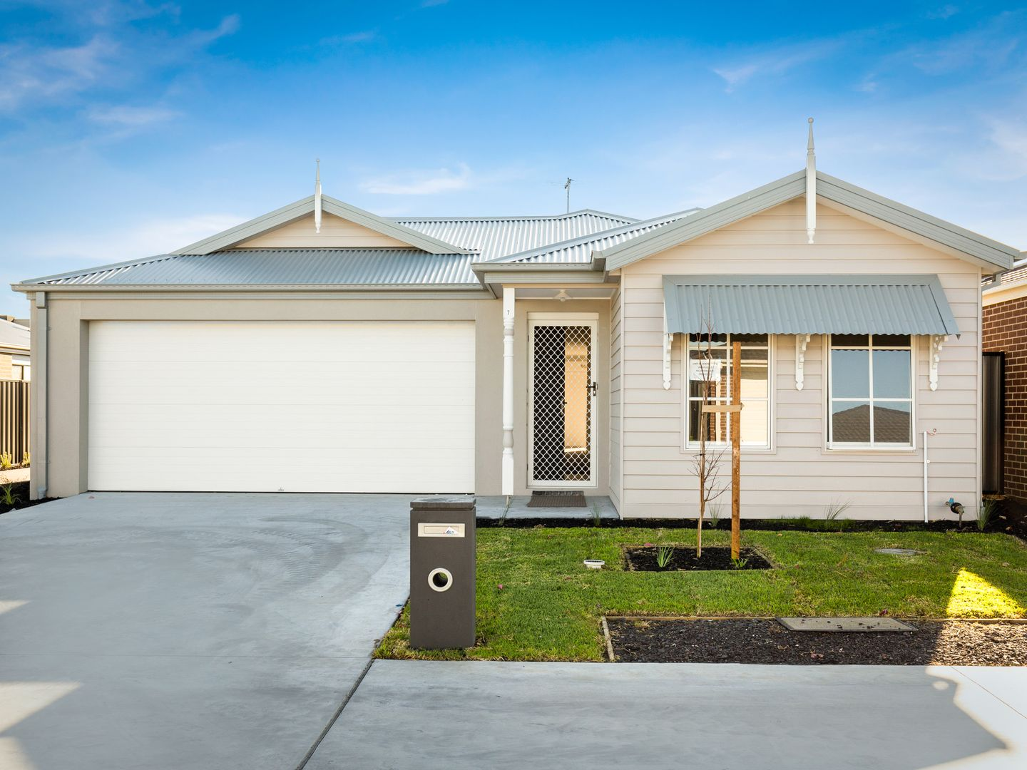 7 Hillsborough Crescent, Berwick VIC 3806, Image 0