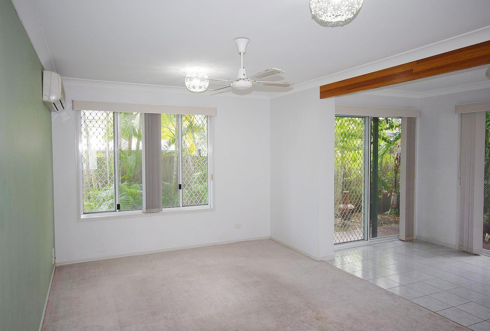 2/45 Fifth Avenue, Palm Beach QLD 4221, Image 2