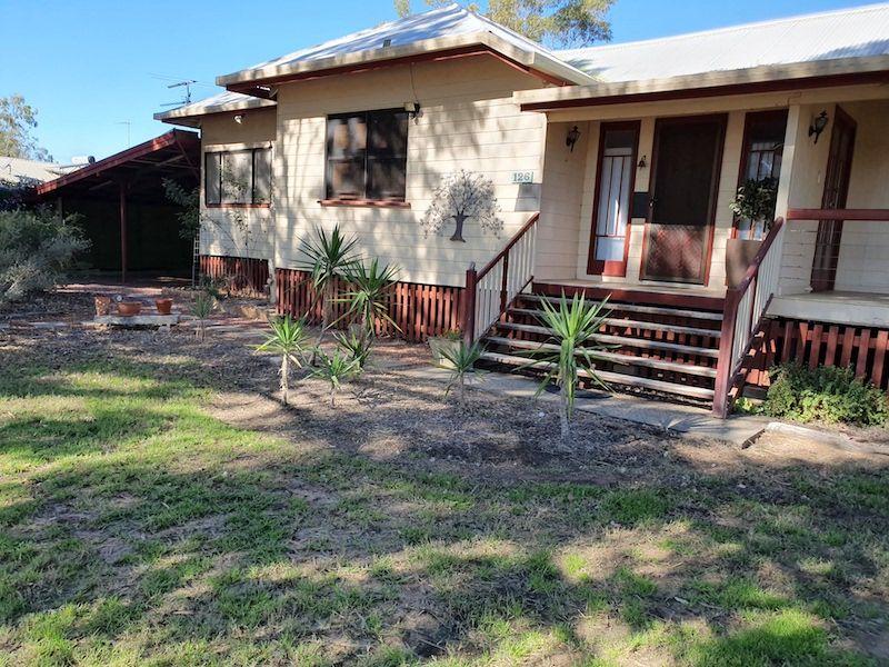 126 Thistle Street, Blackall QLD 4472, Image 2