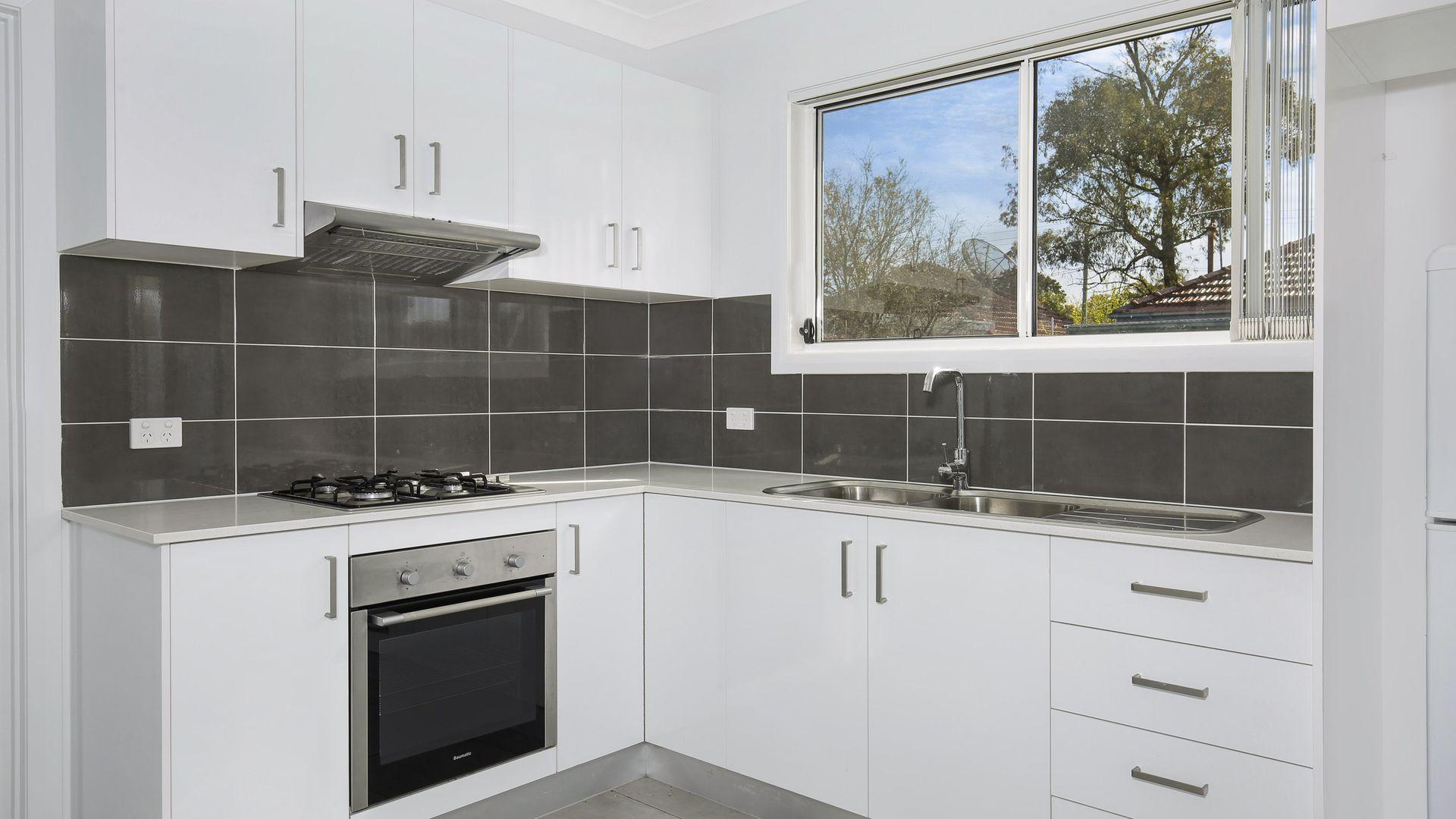 33 Eastern  Street, Gwynneville NSW 2500, Image 2