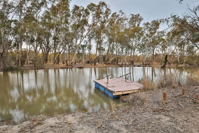 Picture of 73 Billabong Road, NICHOLS POINT VIC 3501