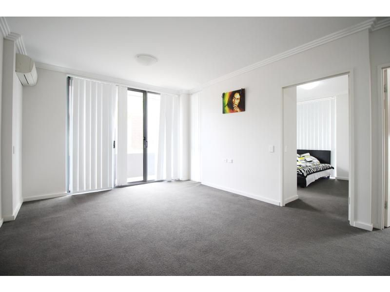 2-4 Belinda Place, Mays Hill NSW 2145, Image 2